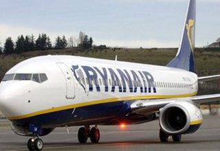 RyanAir plans to hire 3000 people in the next year